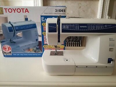 Toyota 21DES Sewing Machine