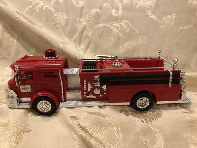 Vintage 1970 Hess Fire Truck With Box & Inserts