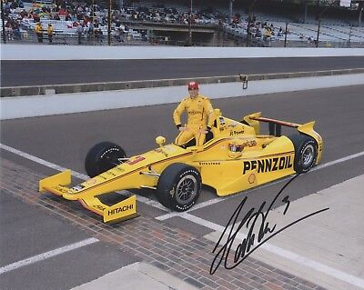Indianapolis 500 Winner HELIO CASTRONEVES Signed Indy auto race 8x10 Photo