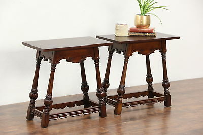 Pair of Carved Oak 1930 Vintage English Style End or Lamp Tables