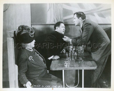 d1df99112a629 Fredric March Robert Benchley Bedtime Story 1941 Vintage Photo Original  4