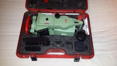 Leica TCR307 Total Station reflectorless. Calibrated