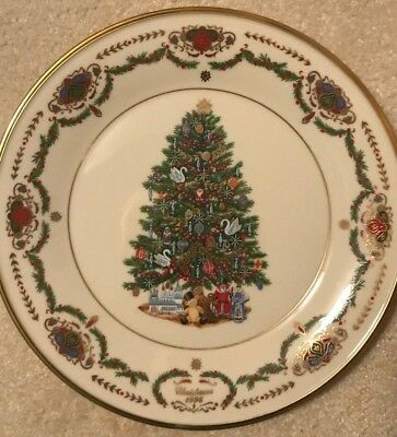 1996 Lenox Annual Limited Edition Christmas Trees Around The World Russia Plate