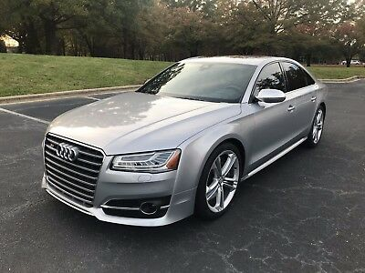 2015 Audi S8  2015 Audi S8 4.0 Turbo AWD 10k miles 520HP full extras super clean luxury