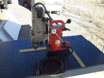 """Milwaukee Mag Drill 4262-1 Drill with 5/8"""" chuck, 4202 Magnetic base"""