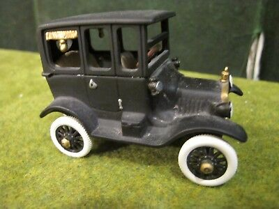 Dept 56 Christmas In The City Series 1919 Ford Model T 58906 Retired no box