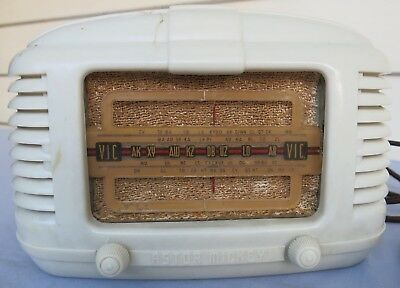 Vintage Astor Mickey Bakelite Radio with Valve Tube components