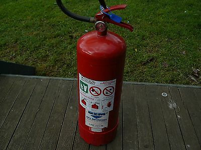 Fire Extinguisher 9lt Stored Water