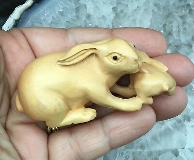 Netsuke.  Pretty Standing Mother and Baby Rabbit Box Wood Netsuke.