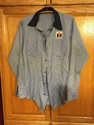 Vintage International Harvester Factory-Mechanics Long Sleeve Button Down Shirt