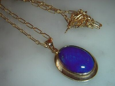 A Beautiful Large 10 Ct Gold Art Deco Design Lapis Lazuli Oval Pendant And Chain