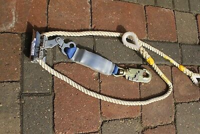 DBI Sala Type 82 Slide Chuck Rope Grab for 16mm Rope and fall arrest attachment