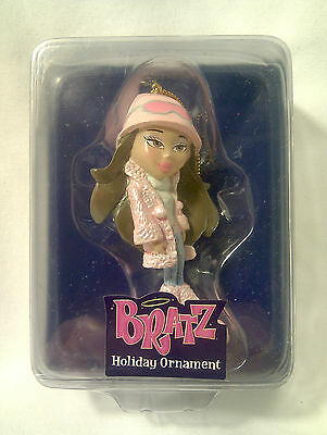 BRATZ-Passion for Fashion-Stylin' Holiday Ornament-Brunette-Pink-MINT IN BOX