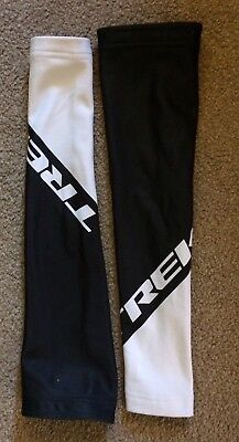 Cycling Arm Warmers - Trek. Small.