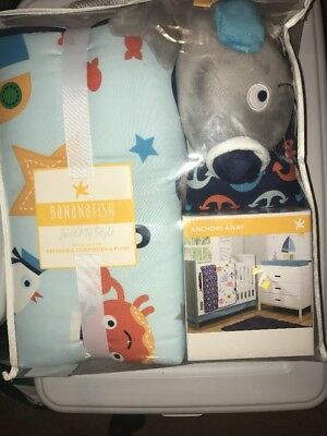 NWT ✿ BANANAFISH Studio Reversible Anchors Away Comforter with Whale Plush