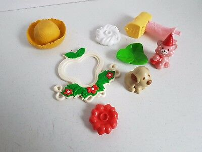 Vtg Toys Strawberry Shortcake  AGC Doll Tree House Pieces Mailbox Cat Hat Etc