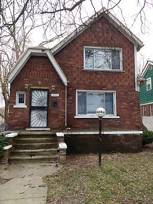 Nice House in the Detroit Metro  - 3 beds 2 baths 1,383 sqft - No Reserve -