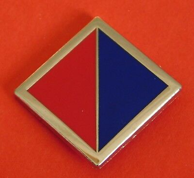 4Th Field Regiment Raa Colour Patch  Nickel Silver & Enamel Lapel Badge 25Mm