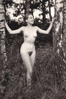 1930s Vintage Nude Photo~Busty Big Boobs Perfect Body Nudist Pinup Poses Outside