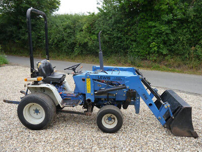 Ford 1220 4wd compact tractor