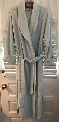 Stan Herman Chenille Robe Size Med. Light Blue Textured Front Usa