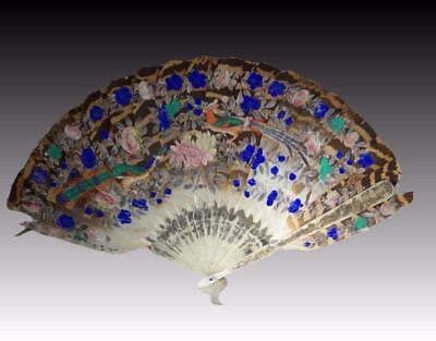 Beautifully Hand Painted & Carved Antique Chinese Feathers Fan