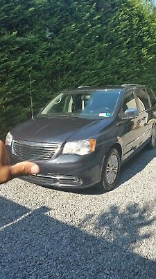2014 Chrysler Town & Country LIMITED 2014 CHRYSLER TOWN AND COUNTRY LIMITED MINI VAN