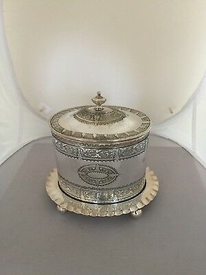 STUNNING SILVER PLATED VICTORIAN BISCUIT BOX ON 4 BALL FEET (B Bros S)