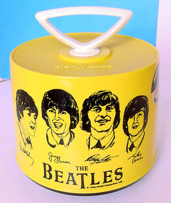 1966 The Beatles Rare Yellow Disk-Go-Case 45 Rpm Record Holder! Wtry-Fm Radio