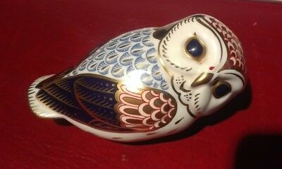 Royal crown derby owl paperweight gold stopper