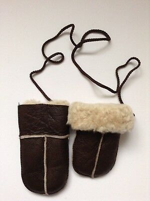 Babies Genuine Nappa Sheepskin Puddy Mittens (On Cord) - Brown With Cream Fur