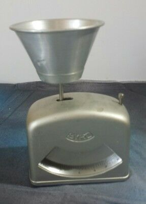 Vintage Syro Gram Scale