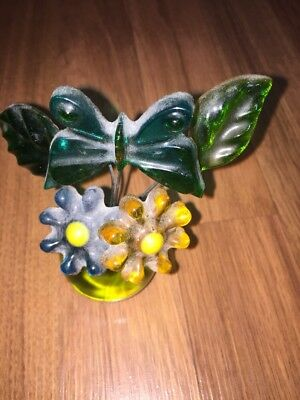 Vintage Lucite Acrylic Gamut Design Butterfly & Flowers n olive green Ball Vase