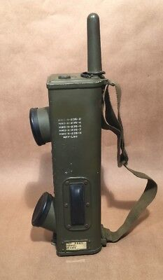 *SUPER CLEAN*WW2, Walkie-Talkie, Military, U.S. Army Signal Corps Radio, BC-611