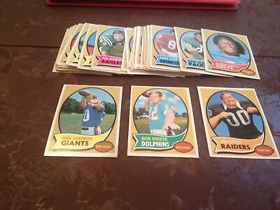 1970 Lot Of 32 Topps Football Cards All Lower Grade Some Stars