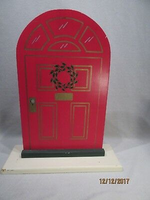 Byers Choice 1986 Red Wood Display Door Laurie Duff Peterson Backdrop Back Drop