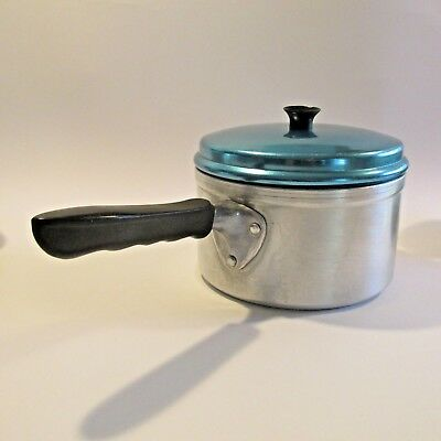 Medium Vintage 1960s Aluminium Saucepan with Anodised Lid 'Cinderella by Jason'