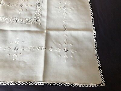 Superb Vintage Hand Embroidered Cypriot Lefkara Work Cream Linen Tablecloth