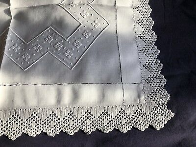 Edwardian Vintage White Linen Butlers Tray Cloth Crocheted Edging Embroidery