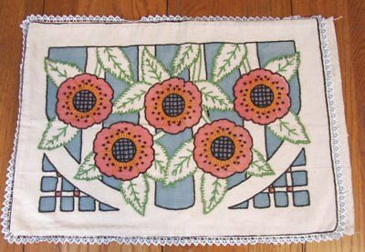 Classic ARTS and CRAFTS Pillow Cover Flowers Vintage