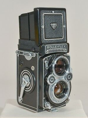 FOR SALE - AS IS   Rolleiflex 3.5 F with 75mm Carl Zeiss Planar lens PLEASE READ