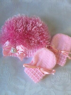 Hand Knitted Baby Girls Pink Twinkle  & Eyelash Wool  Hat & Mittens 0- 3 mths