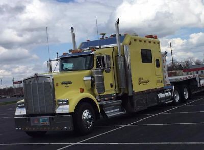 Kenworth W900 ARI Sleeper