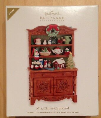 "2012 Hallmark Ornament ""Mrs.Claus's Cupboard"" Special Edition Club member signed"