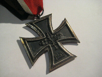 German WW II iron cross second class Wehrmacht 1939 old antique medal and ribbon