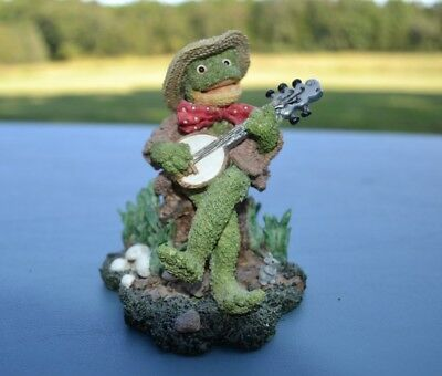 Rustic Country FROG FIGURINE RESIN COTTAGE COLLECTIBLES / GANZ  BANJO  HAT FLOYD