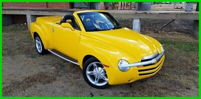 2004 Chevrolet SSR Chevrolet, Convertible, Fun, Fast, Sporty 2004 Chevy SSR 66k miles 300 Horsepower, tons of options new tires