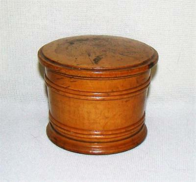 ANTIQUE RIBBED WOODEN WARE TREEN COVERED ROUND BOX SUGAR w LID
