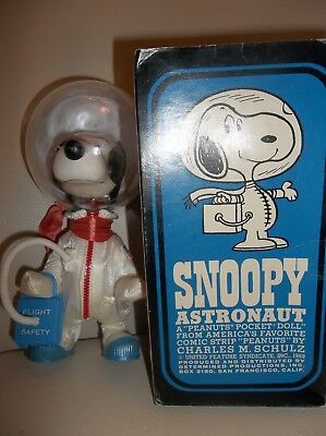 ASTRONAUT SNOOPY Doll 1969 NASA Flight Safety With Box Great Condition No Cracks