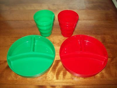Kids Deep-Dish Divided Plates/Lids & Cups/Straws Plastic Christmas Red Green Lot